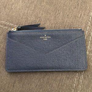 Leather Zippy Jeanne Insert Wallet
